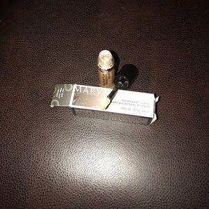 Mary Kay nourishine lip gloss (cream & sugar)