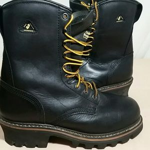 7959347d8b8 GOLDEN RETRIEVER Boots w Vibram Soles Size 8 1/2