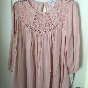 Liz Lange Maternity Pink Blush Blouse