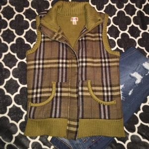 Green plaid vest!