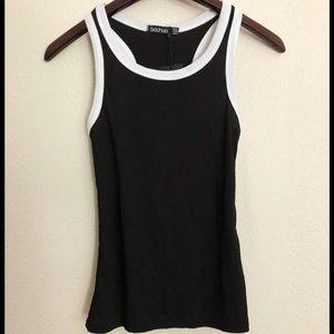 NWT Boohoo Razorback black and white top