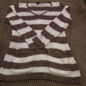 Rue 21 Brown & White sweater - size XL