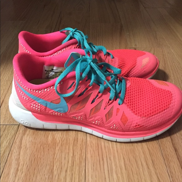 d535491ce95478 Bright colored Nike Free running shoes. M 5a0a60f3b4188eb154199b0d