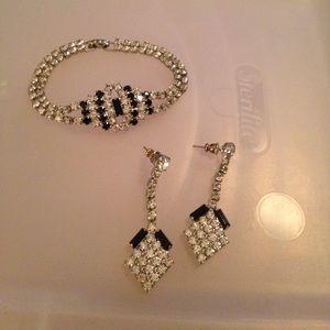 Jewelry - Bracelet/earring set