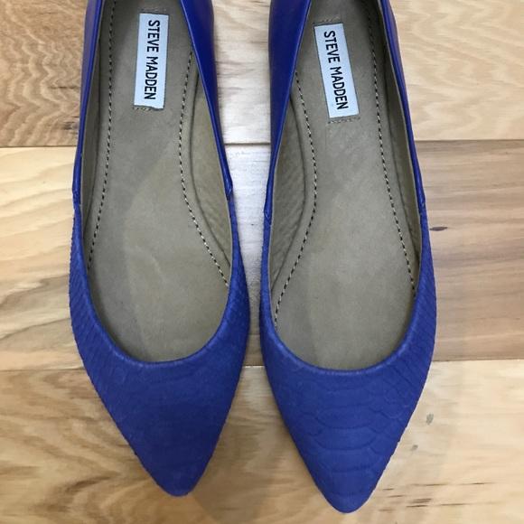 b7a0194efeb1 Steve Madden Blue Pointed Toe Flats. M 5a0a66625a49d0bd62001ff9