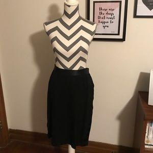 Versona Stretchy pencil skirt