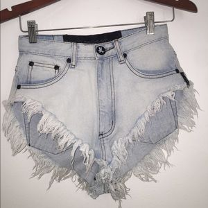 One Teaspoon size 6/24 Short Shorts distressed
