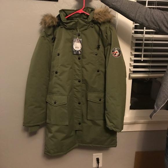 82 Degrees Fahrenheit Parka Coat NWT