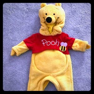 EUC Infant 0-6 months Winnie the Pooh Costume