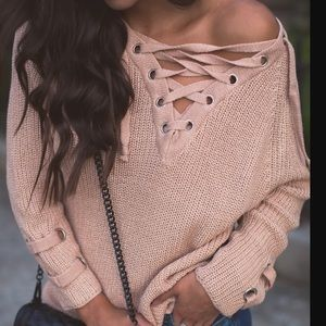 Miracle Sweaters - Lace up Sweater Sexy Chunky knit Grommet ties 7c6bd5c2f