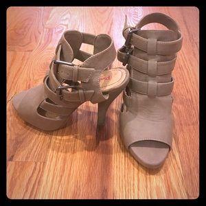 Open toe strappy buckle heels