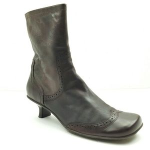 KENNETH COLE Reaction Brown Leather Boots