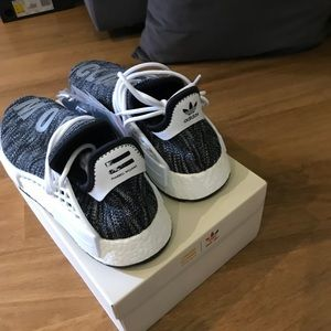 """Yeezy , human race. Text for deals in """"about </div>             </div>   </div>       </div>     <div class="""