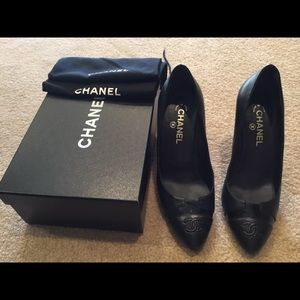Chanel heels size 41 with box and dust covers