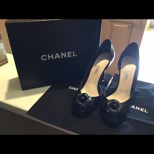 Chanel black heels size 41