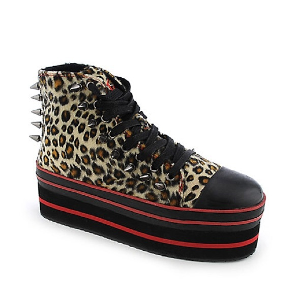1d65d9010a3 YRU Elevation Leopard Platform Shoes