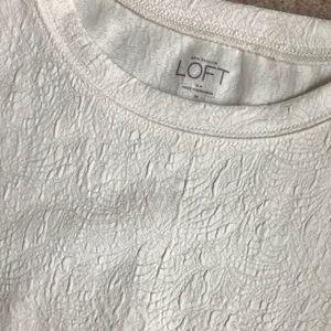 Ann Taylor Loft short sleeve pullover top