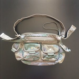 Military purse Old Navy