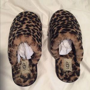 cf0e515c7ad Women's UGG Australia Leopard Clog Slide Slippers