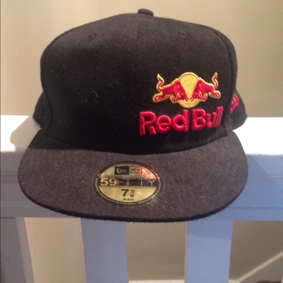 9fifty Other - BLACK RED BULL BRAND FITTED HAT 9fd6bb11f16
