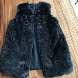 Mossimo Supply Co. Jackets & Coats - Faux fur vest