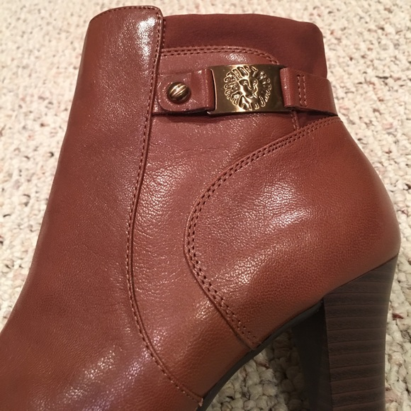 ac9f7d362bc2 Anne Klein Shoes - FINAL PRICE  Anne Klein Booties!