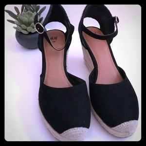 ❤️NWOT H&M Wedge espadrilles Size 8❤️