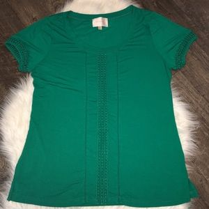 Kelly green Skies are blue knit top