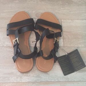 NWT black Forever21 sandals size 7