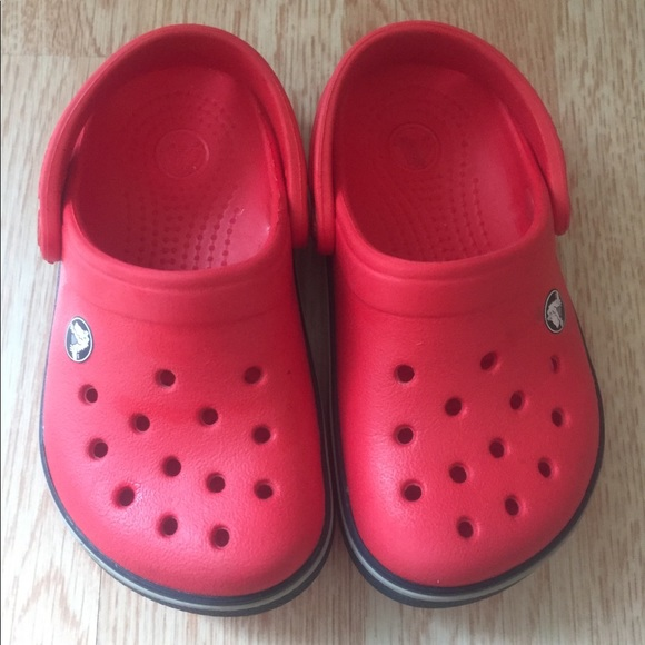 3bed46db06b15a CROCS Other - Red Crocs size 6 7 toddler