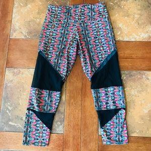 Onzie capri mesh leggings