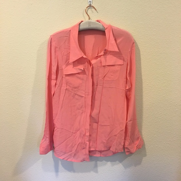 Cold Hawk Tops - Cold Hawk long sleeve coral button down shirt