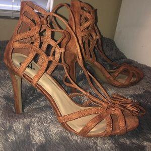 Tan lace up heels ♥️