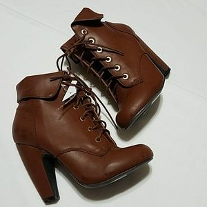 NEW!!! Tie Up Ankle Heel Boots