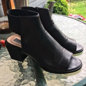 Chunky heel open toe booties