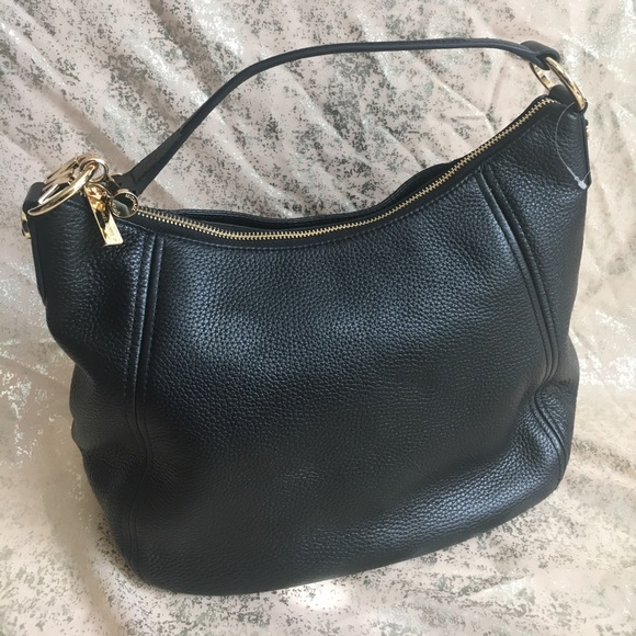 71ff00cb571f Michael Kors Bags | Nwt Large Black Fulton Handbag | Poshmark