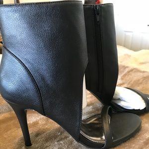Shoe Dazzle Open Toe Ankle Bootie!!!