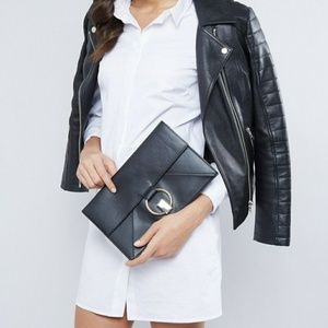 💋Sale💋Slim Ring Twist Lock Clutch Bag