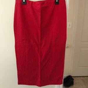 Long skinny skirt !