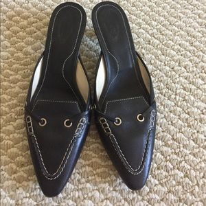 Tod's black leather shoes