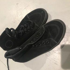 Unif skate sneakers 6.5 suede rare