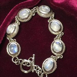 Jewelry - Beautiful Moonstone Cabochon Cut Bracelet