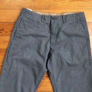 Men's GAP Straight Fit Gray Chinos 29x32
