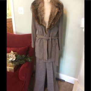 Vintage Knit Pants Suit with Fur collar