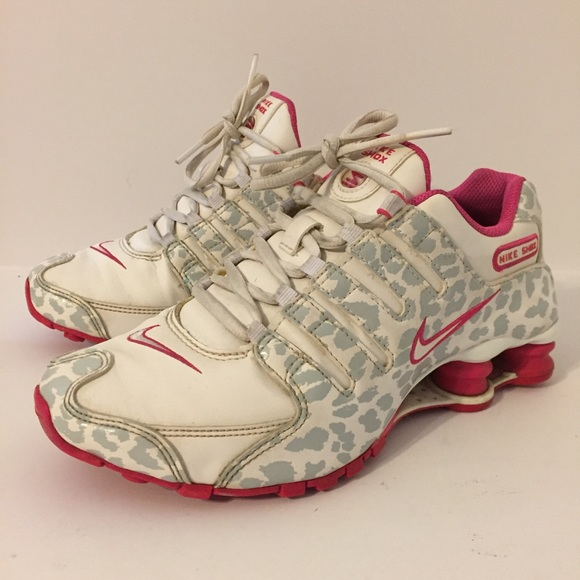 4baf650c9bb2 White and Pink Leopard Nike Shox Womens 6. M 5a0b523fc284560ef2004346
