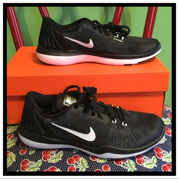 quality design 504d5 02ca4 NEW Nike Flex Supreme T5 Training Shoe