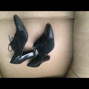"""Suede leather brogues with 3 """" stacked heels. EUC"""