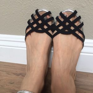 Zara EUR 39 US 8 Elegant Sandals Flats Brand New