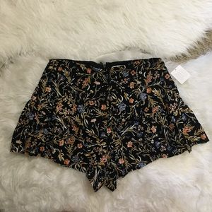 Urban Outfitters Kimchi Blue Floral Flouncy Shorts