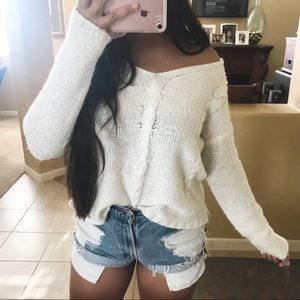 Gorgeous ivory cable knit sweater